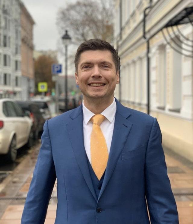 Генеральный директор компании Перфоманс Лаб